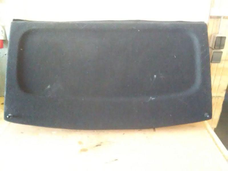 Hutablage schwarzVW GOLF IV (1J1) 1.6