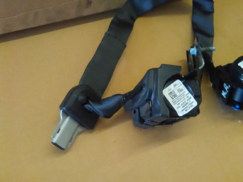 Sicherheitsgurt rechts hinten mit LuftpolsterungFORD MONDEO V TURNIER 2.0 TDCI