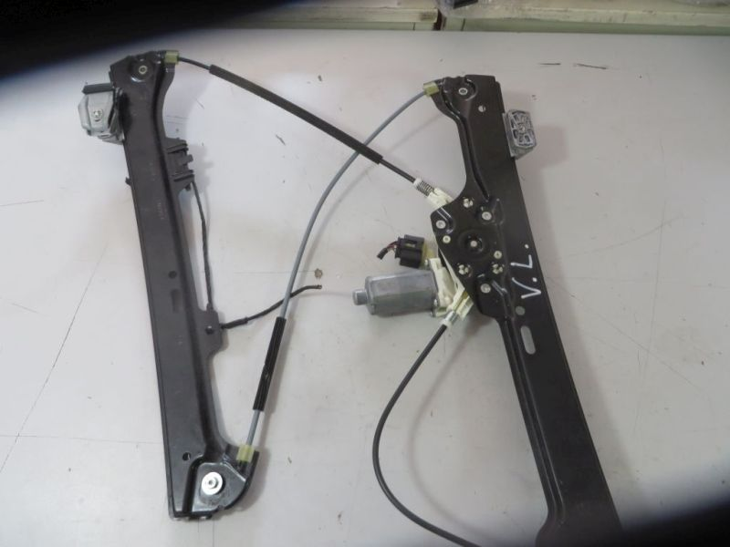 Motor Fensterheber links vorn 7184741  7184383BMW 5 TOURING (E61) 530XD