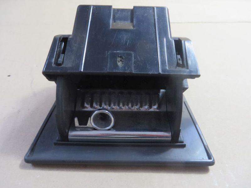 Aschenbecher SAAB 9-3 (YS3D) 2.0 SE TURBO