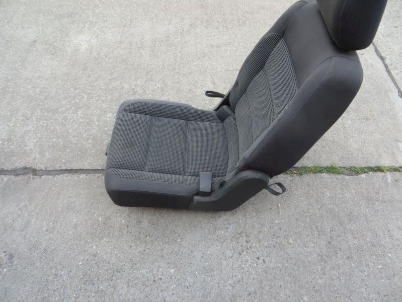 Sitz rechts Einzelsitz hintenVW TOURAN 1T1H43 2.0 TDI 16V