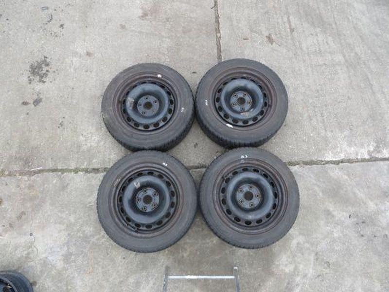 Komplettrad:205/55R16 94V Auf Stahlfelge 7JX16 H2 ET42 LK5X112X571Satz(je4Stück)